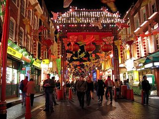 800px-Chinatown_london.jpg